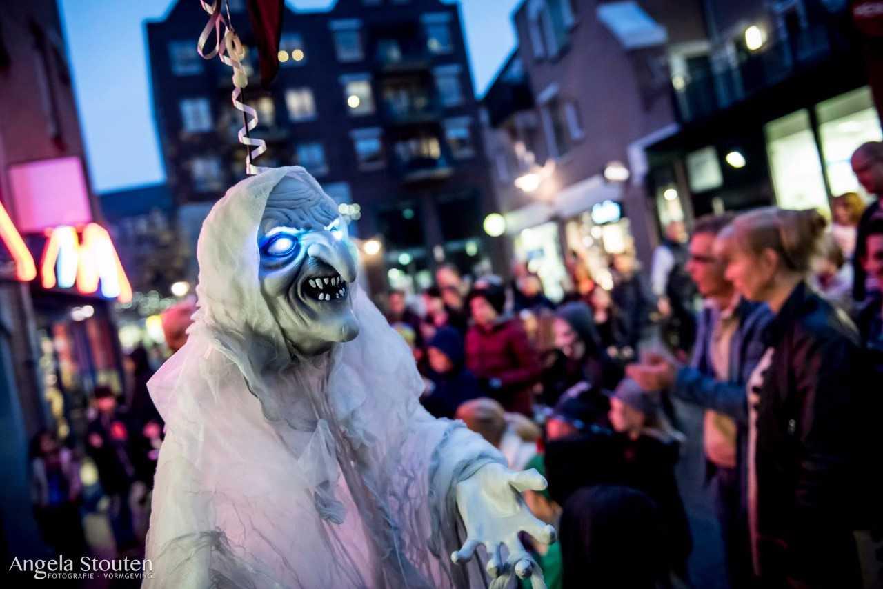 Halloween op Eglantier met Thriller dans