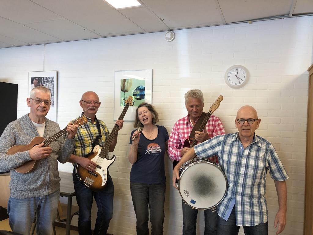 Muziek voor de Jeugd van Vroeger in wijkcentrum Orca
