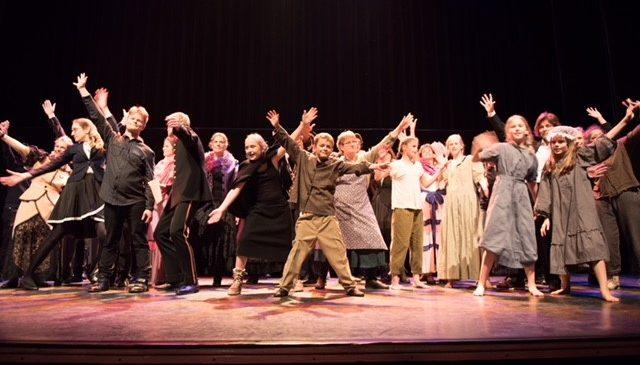 Theaterproductie 'A Christmas Carol' in GIGANT om de feestdagen in te luiden