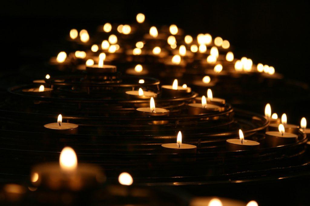 10e herdenking WereldlichtjesDag