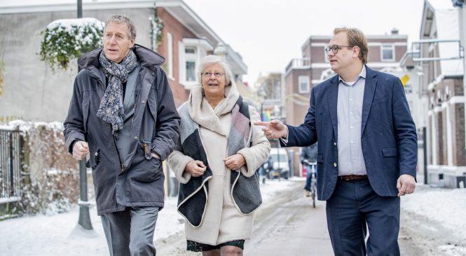 Marktstraat/Beekstraat en pand Leger des Heils onder handen