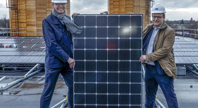 Nieuwe gemeentewerf verrijkt met eerste zonnepanelen