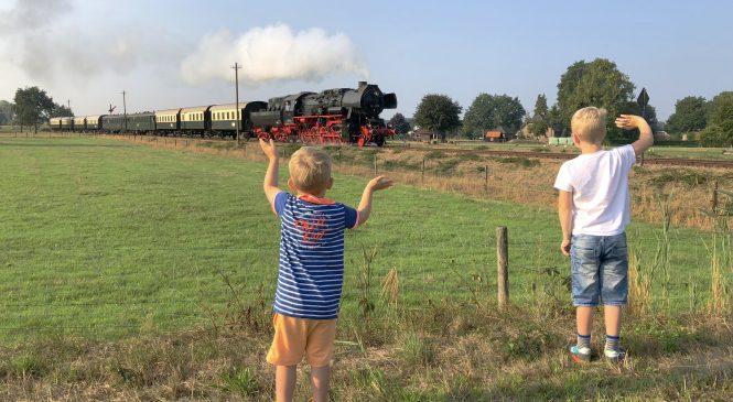 Stoomtrein in Apeldoorn te vroeg vertrokken?