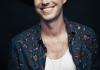 Finn Andrews op 23 mei solo naar GIGANT