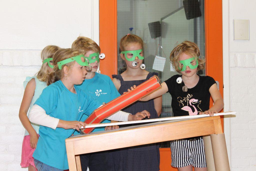 Theatervoorstellingen rondom het kunstwerk Sail van Auke de Vries door Brede School Orden