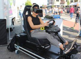 Bezoekers Marktplein Apeldoorn virtueel onder invloed
