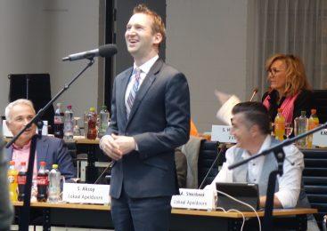 Gemeenteraadslid Dennis Russchen kondigt aftreden aan