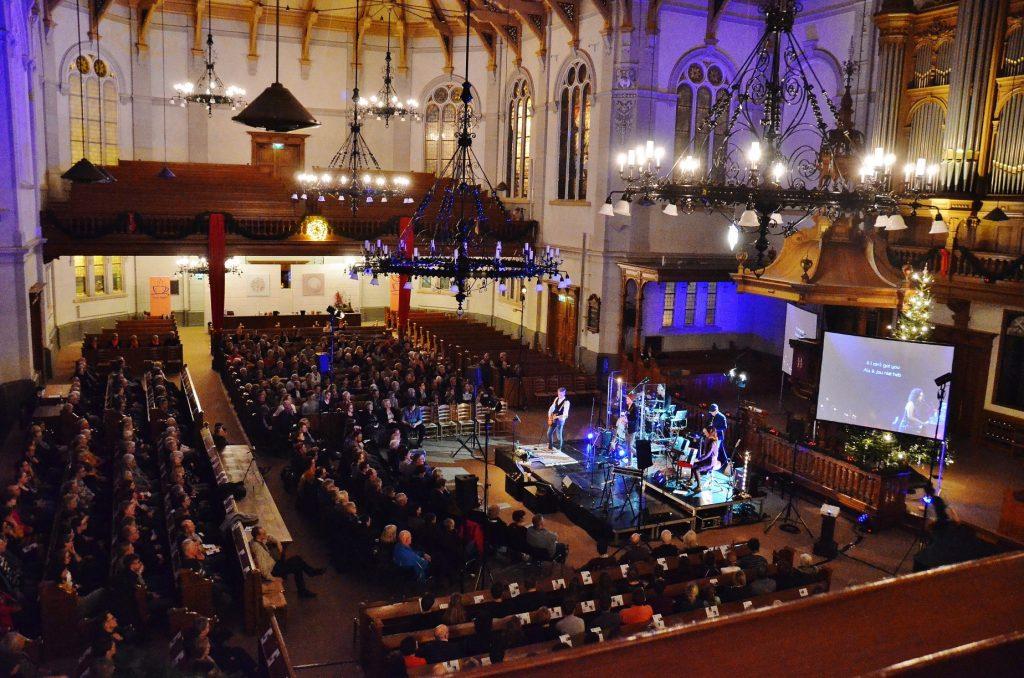 Top2000-kerkdienst in de monumentale Grote Kerk in Apeldoorn
