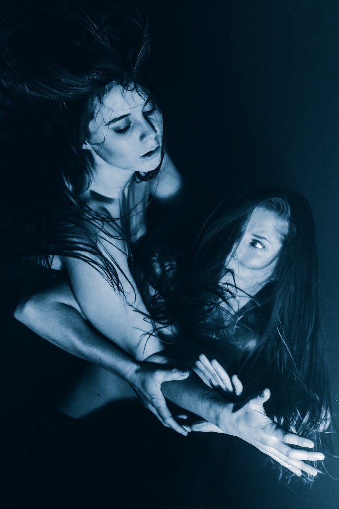 Dansvoorstelling Nachthexen IV: Battre door choreograaf Jens van Daele op 2 feb in GIGANT