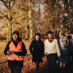 Op de Tocht, wandel-theatervoorstelling over stille eenzaamheid in Apeldoorn